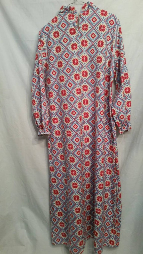 PAIR! Matching set of flannel vintage nightgowns,… - image 3