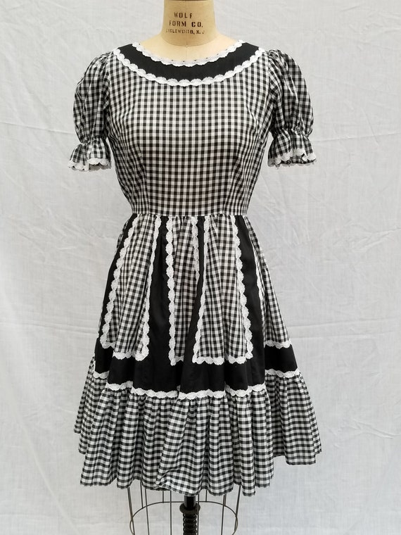 Squaredancing dress, vintage, black and white ging