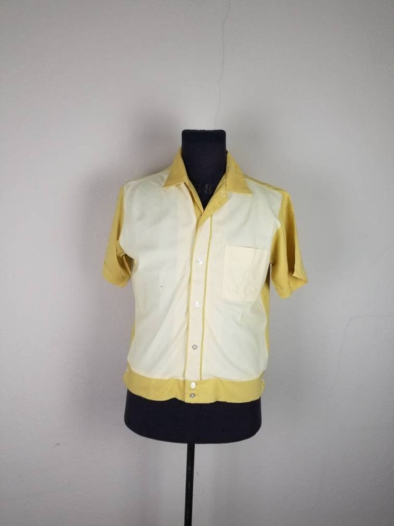 40s 50s mens shirt, yellow striped, casual style,