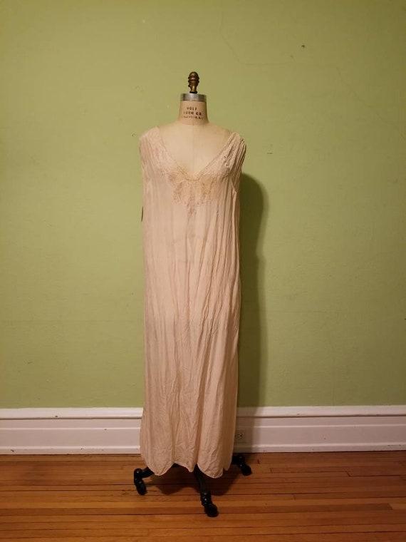 20s silk XXL slip, peachy pink color, size 50