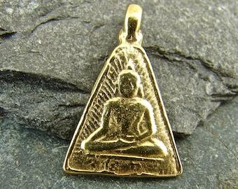 Buddha DTY-7V Rich 24K Gold Vermeil Abhaya Mudra Buddha Pendant One Piece