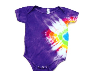 American Apparel Organic Sustainable Edition Size 12-18 months Green Tipi Triangle ~ Tie Dye Baby Short Sleeve Onesie