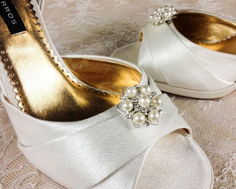 Bridal Shoe Clip Crystal Shoe clip Weddding Shoe Clip image 0
