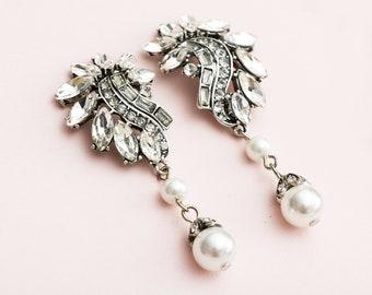 Crystal and Pearl Great Gatsby Earrings, Art Deco Earrings, 1920s Jewelry, Bridal Pearl Earrings. Wedding Jewelry