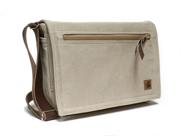 Ultimate Stash laptop messenger bag  light beige with leather image 0