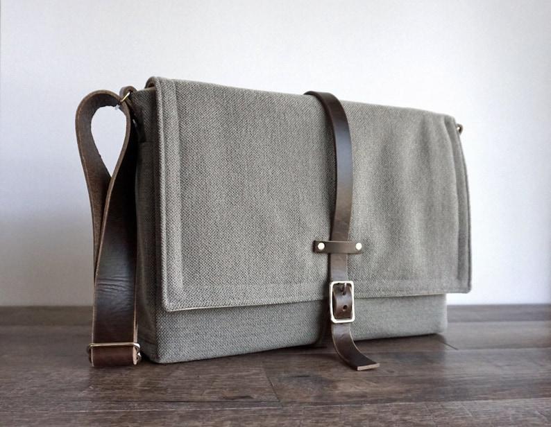 Ultimate Stash laptop messenger bag  medium gray image 0