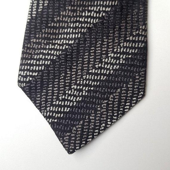 MISSONI Uomo Vintage Black Stripes Silk Tie (8.5 c