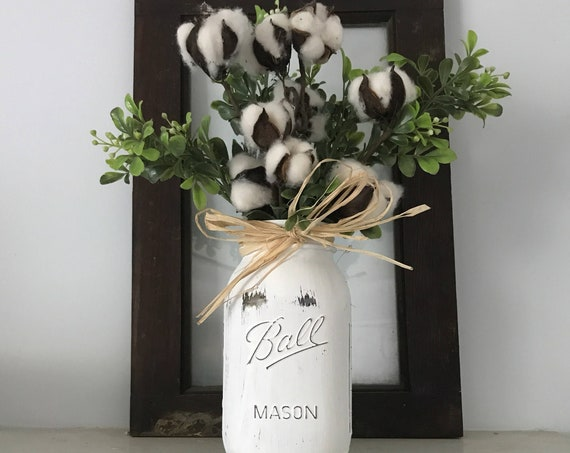Farmhouse Mason Jar Cotton Arrangement, Rustic Boxwood Cotton Boll Centerpiece, Farmhouse Table Floral Cotton Arrangement, Cotton Stem Decor