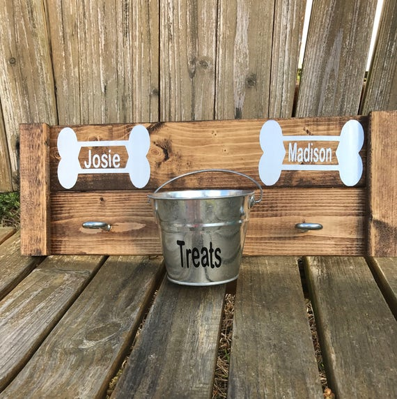 Personalized Dog Leash Holder, Dog Leash Hanger, Dog leash Holder, Personalized Dog Leash Hanger, Personalized  pet, Dog Treat Storage,