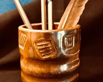 Ceramic mug with square lip