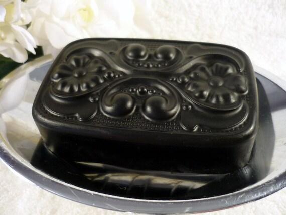 Barre de savon pour le visage au charbon