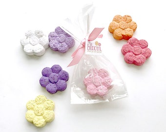 Fun Plantable Seed Paper Flower Shape Party Favors Handmade for Wedding & Bridal Showers, Custom Seed Blend Options, Favor Tags