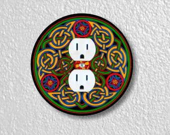 Celtic Knot Round Duplex Outlet Plate Cover