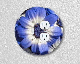 Blue Daisy Flower Round Toggle Switch and Duplex Outlet Double Plate Cover