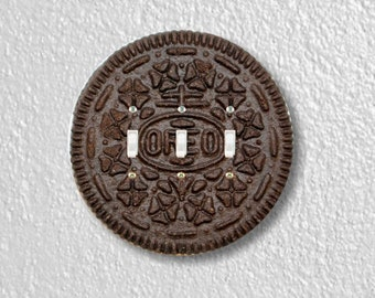 Chocolate Sandwich Cookie Round Triple Toggle Switch Plate Cover