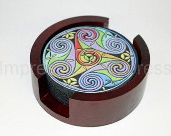 Celtic Triskel Round Coaster Set of 5 with Wood Holder