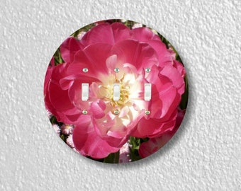 Double Tulip Flower Round Triple Toggle Light Switch Plate Cover