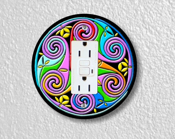 Celtic Triskel Round GFI Grounded Outlet Plate Cover
