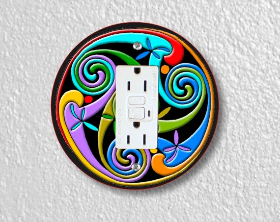 Celtic Triskelion Round Grounded GFI Outlet Plate Cover