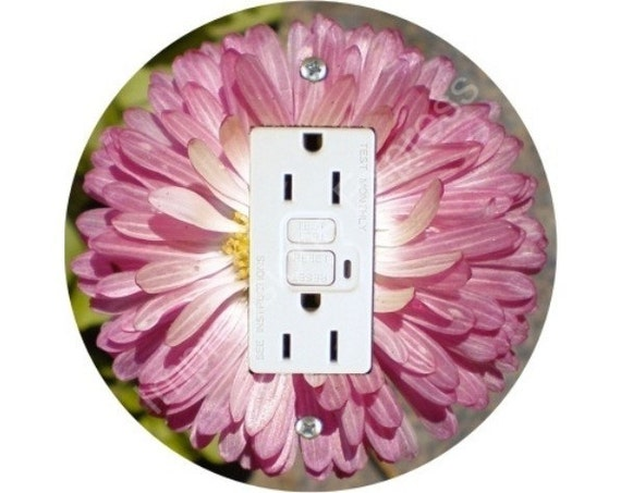 Pink Daisy Flower Grounded GFI Outlet Plate Cover