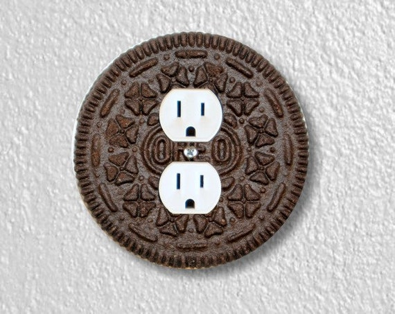 Chocolate Sandwich Cookie Round Duplex Outlet Plate Cover