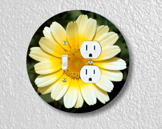 Yellow Daisy Flower Round Toggle Light Switch and Duplex Outlet Double Plate Cover