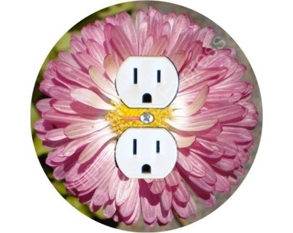 Pink Daisy Flower Duplex Outlet Plate Cover