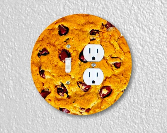 Chocolate Chip Cookie Round Toggle Switch and Duplex Outlet Double Plate Cover