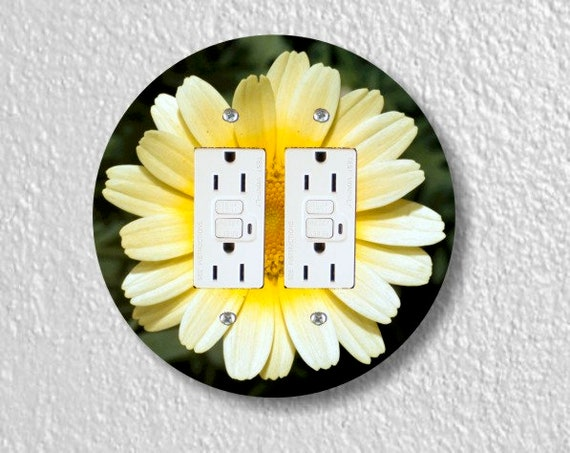 Yellow Daisy Flower Round Double GFI Grounded Outlet Plate Cover
