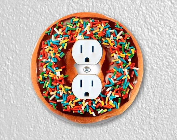 Doughnut Precision Laser Cut Duplex and Grounded Outlet Round Wall Plate Covers