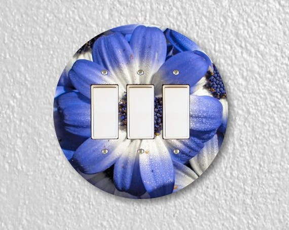 Blue Daisy Flower Round Triple Decora Rocker Switch Plate Cover
