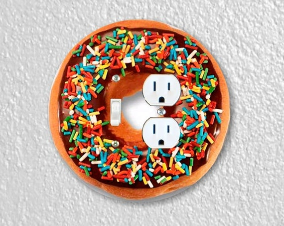 Doughnut Precision Laser Cut Toggle Switch and Duplex Outlet Round Double Wall Plate Cover
