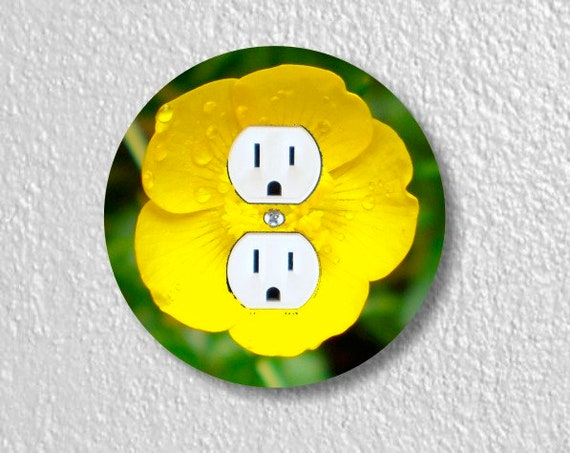 Buttercup Flower Round Duplex Outlet Plate Cover