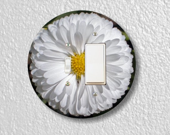 White Daisy Flower Round Toggle and Decora Rocker Light Switch Plate Cover