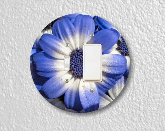 Blue Daisy Flower Round Toggle and Decora Rocker Switch Plate Cover