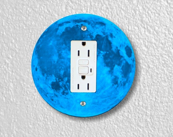 Blue Moon Round GFI Grounded Outlet Plate Cover