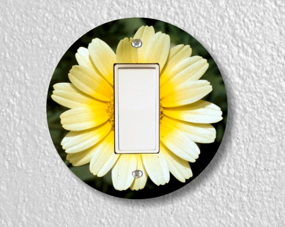 Yellow Daisy Flower Round Decora Rocker Light Switch Plate Cover