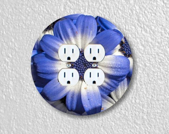 Blue Daisy Flower Round Double Duplex Outlet Plate Cover