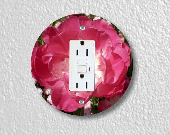 Double Tulip Flower Round GFI GroundedOutlet Plate Cover