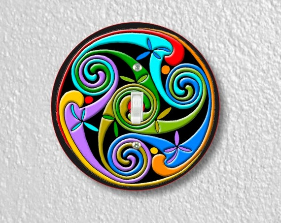 Celtic Triskelion Round Single Toggle Switch Plate Cover