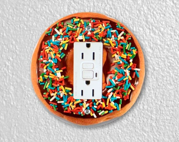 Doughnut Round GFI Grounded Outlet Plate Cover