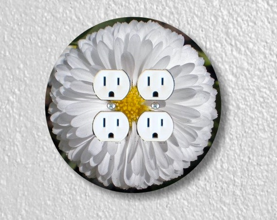 White Daisy Flower Round Double Duplex Outlet Plate Cover