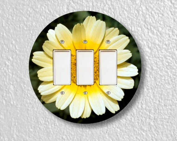 Yellow Daisy Flower Round Triple Decora Rocker Light Switch Plate Cover