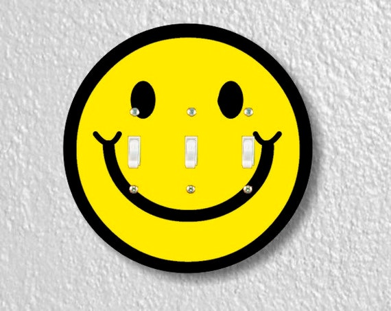Smiling Face Round Triple Toggle Light Switch Plate Cover