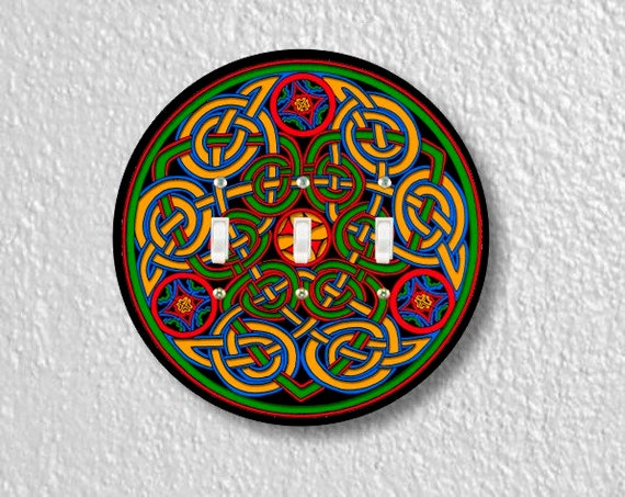 Celtic Knot Round Triple Toggle Light Switch Plate Cover