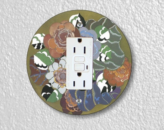 Floral Art Deco Art Nouveau Round GFI Grounded Outlet Plate Cover