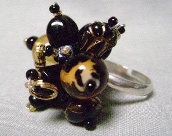 Leopard Bead & Black Glass Bead Ring