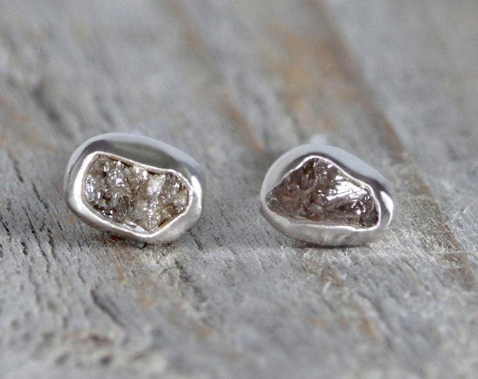Raw diamond Stud Earrings, Rough Diamond Stud Earrings, Total 0.2ct Diamond Stud Earrings