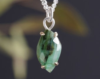Leaf Shape Emerald Necklace, 1.8ct Emerald Necklace, May Birthstone Necklace