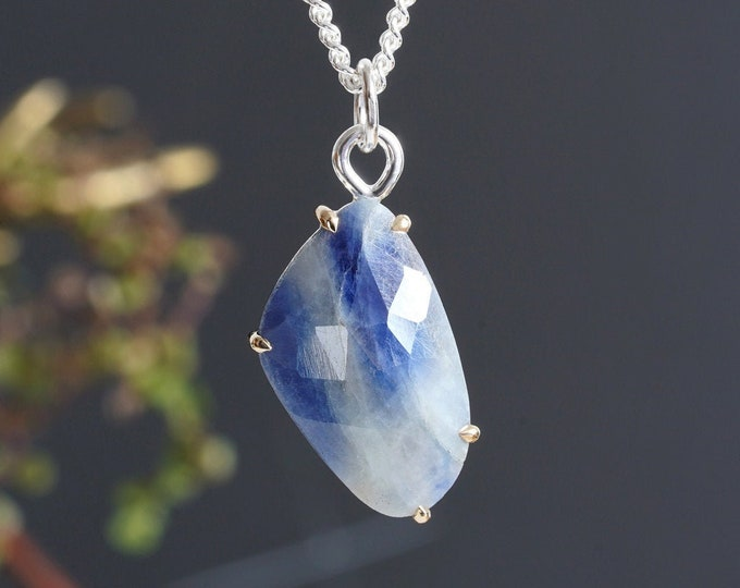 6.3ct Sapphire Necklace Set in 14K Yellow Gold and Sterling Silver, Bicolour Sapphire Necklace in Duke Blue and Seasalt White